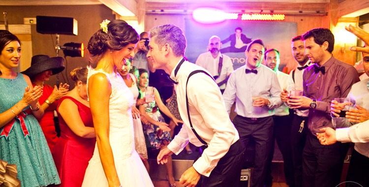 grupo-diamonds-vuelve-a-dar-la-campanada-en-fiesta-y-boda2